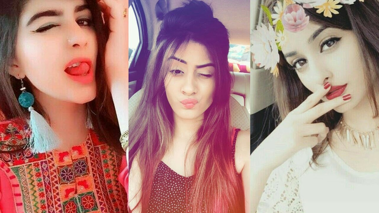 How to Look Good in a Selfie in Hindi (2)