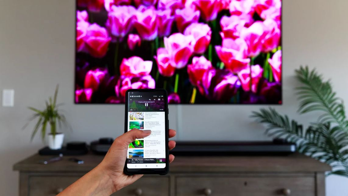 how to connect phone to smart tv